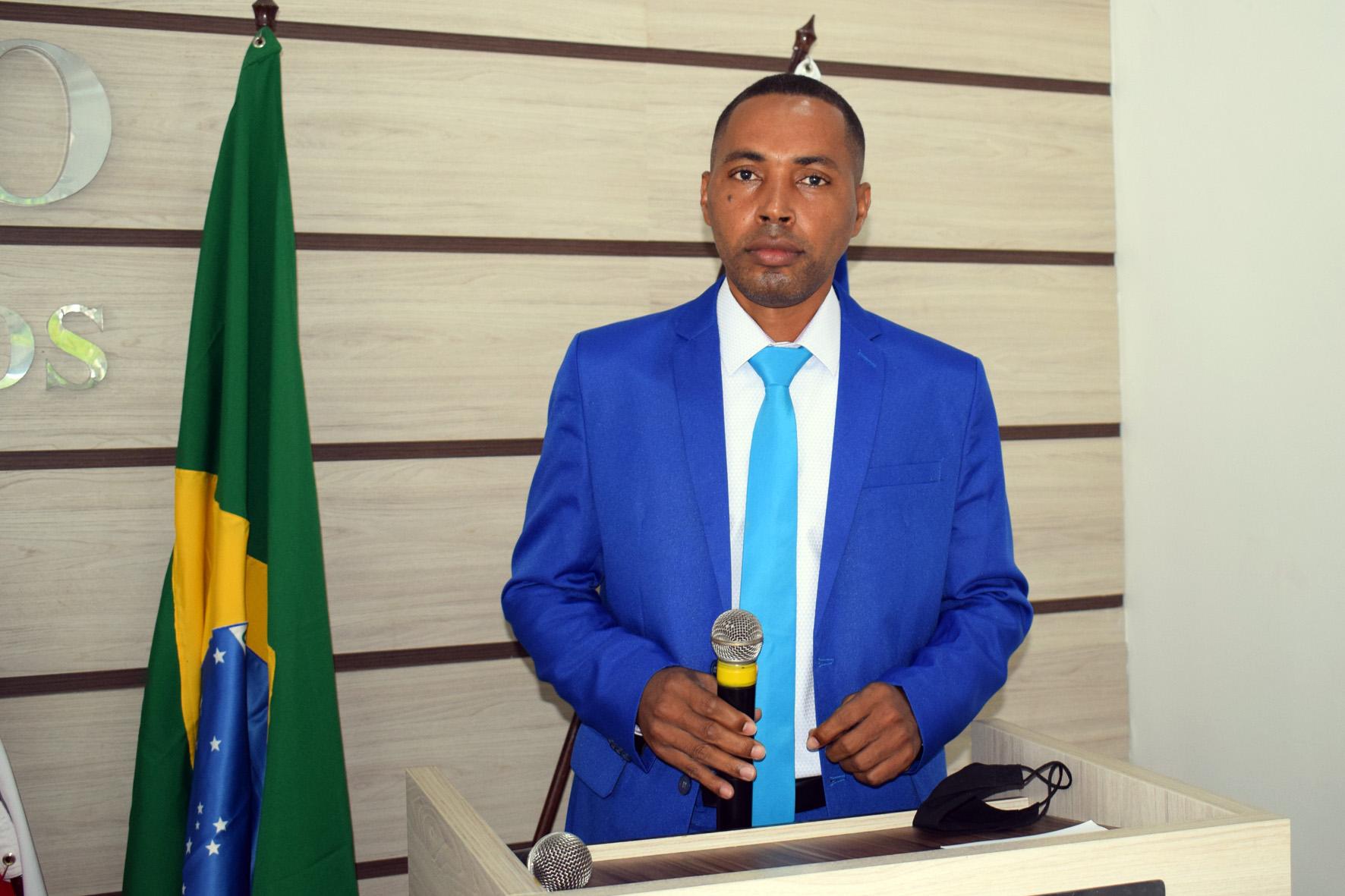 Vereador Léo do Mandacaru parabeniza Secretaria de Educação pela entrega dos Kits de Alimentação Escolar em Baixa Grande