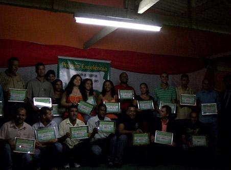 Empresa de pesquisa e Publicidade TLN entrega certificado de destaque 2009 em Baixa Grande