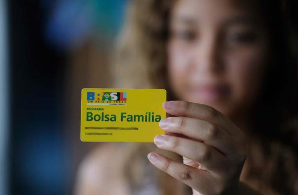 Secretaria de Assistência Social de Baixa Grande posta nota sobre Cartão Material Escolar