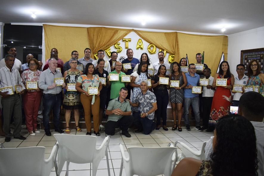 59 Comércios Serviços e Personalidades recebem Prêmio Destaque 2019 em Baixa Grande