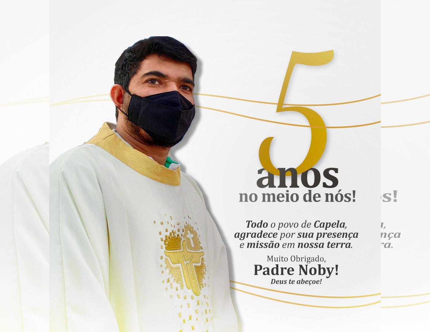 Vereador Beto saúda o Padre Noby pelos cinco anos a serviço na Paróquia Santo Antônio de Capela do Alto Alegre