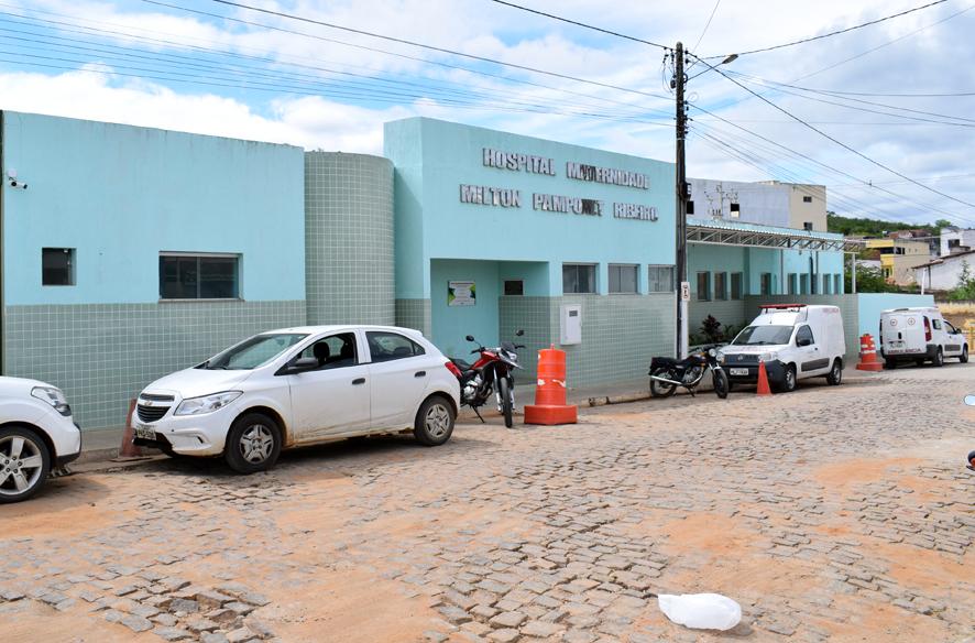 Deu Polícia no hospital de Baixa Grande, homem diz que foi agredido e teve o celular quebrado após reclamar por falta de atendimento