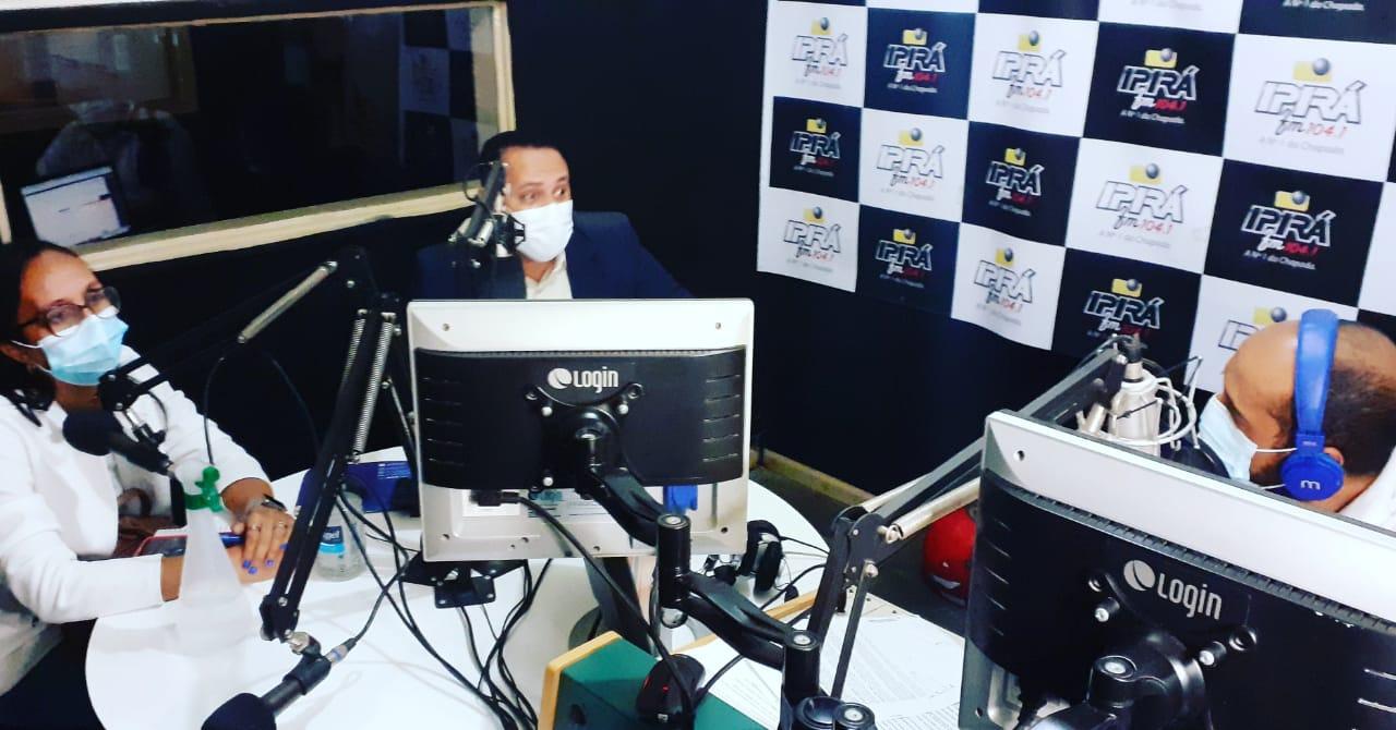 Em seu retorno, delegado Azevedo concede entrevista a rádio Ipirá FM