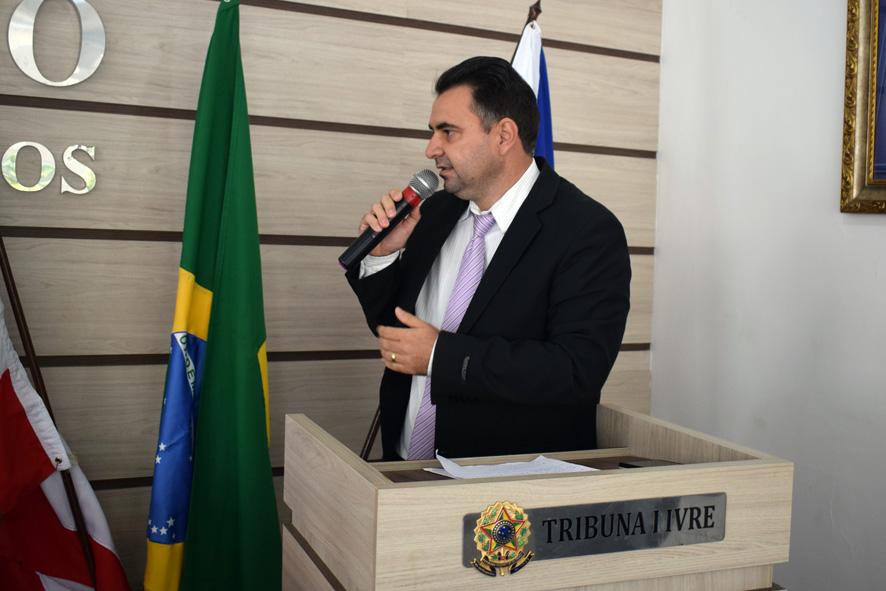 De volta aos trabalhos do Legislativo, vereador Amós Júnior disse ser lamentável os caos persistirem na saúde de Baixa Grande