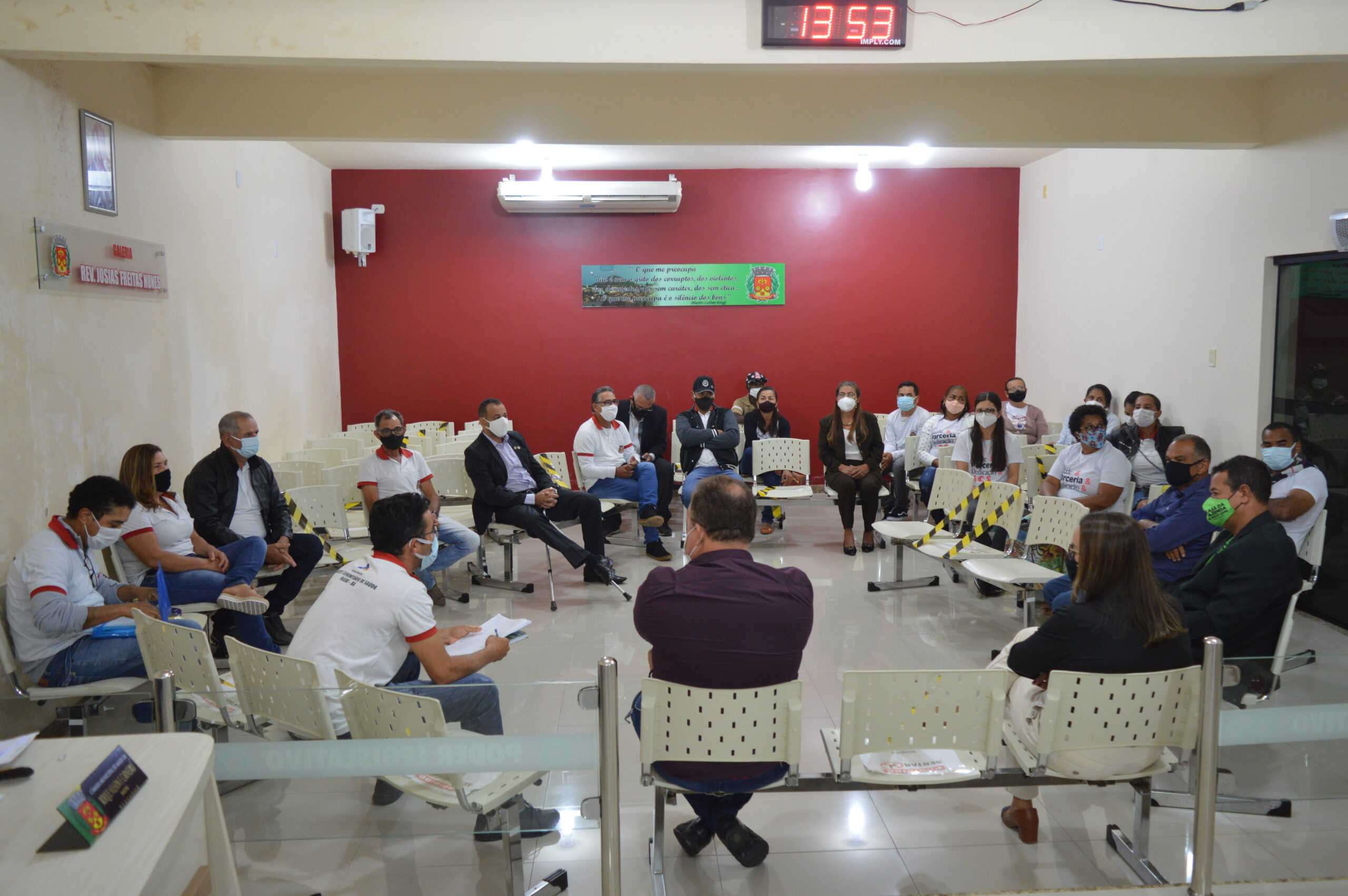 ACSs e ACEs de Mairi realizam reunião com vereadores com objetivo de buscar melhorias de trabalho para a categoria