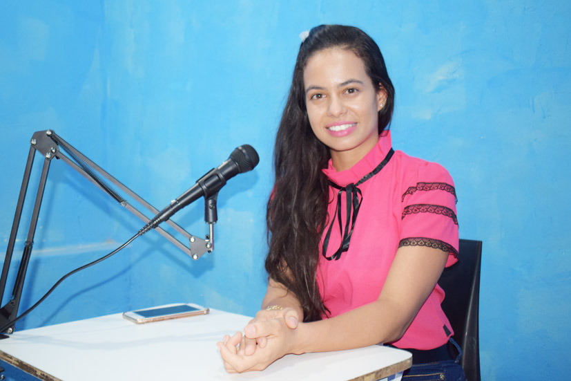 Advogada Carol Oliveira aborda Direitos Básicos do Trabalhador no Programa Baixa Grande em Foco da TV Bacia do Jacuípe