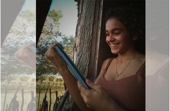 Riachão do Jacuípe: Conheça Lorena Clarice, a jovem escritora que realiza seus sonhos e incentiva outros