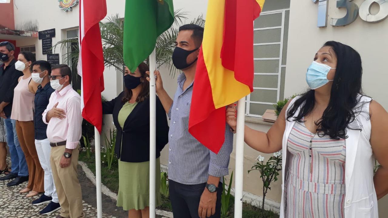 Hasteamento da bandeira e apresentação de fanfarra marcam o 7 de Setembro em Mairi
