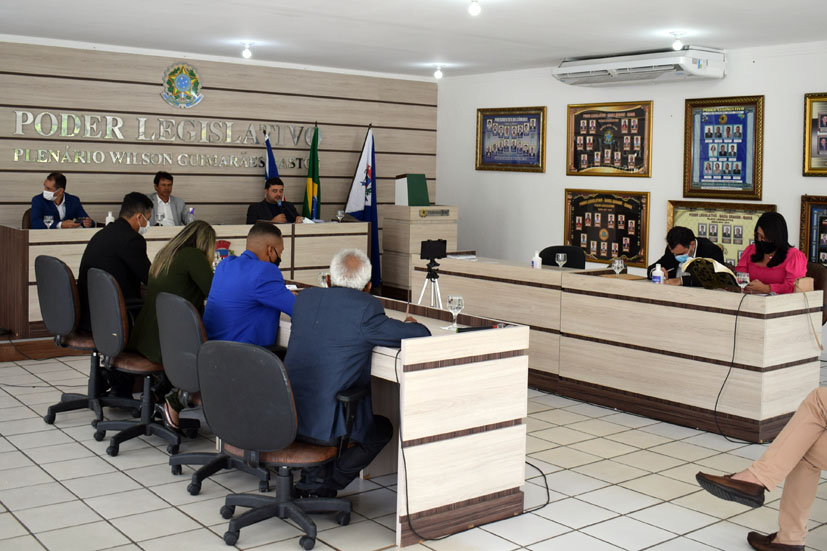 Câmara de Baixa Grande aprova contas de 2019 do ex-prefeito Heraldo Miranda