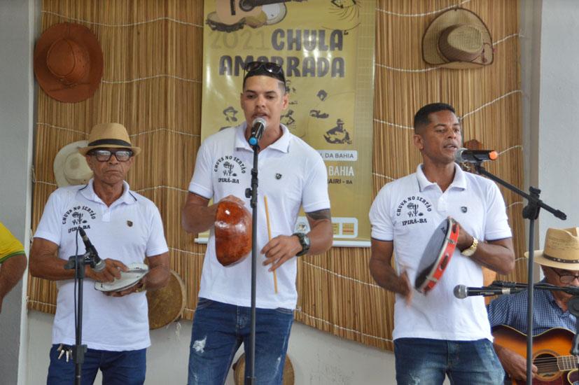 Nel e Alex vencem I Festival de Samba Tradicional da Bahia realizado em Mairi