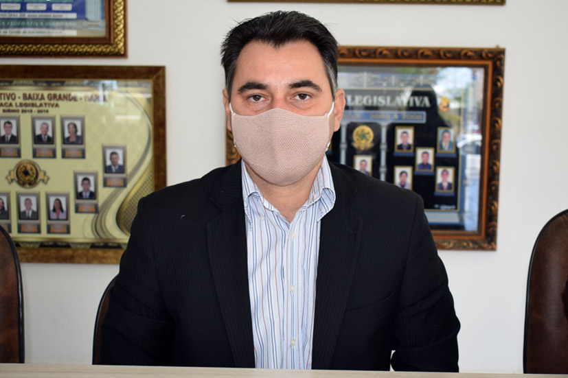 Vereador Amós diz que não ver ações nos 9 meses da gestão municipal de Baixa Grande